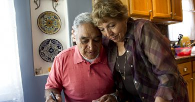Alzheimer's Caregiver: Effective Communication Strategies