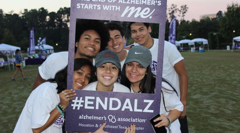 Alzheimer's Woodlands Montgomery County Hosa #walk2endalz volunteers